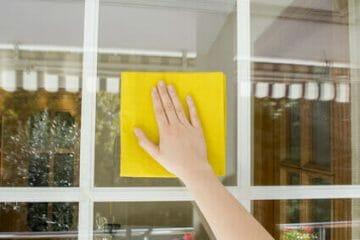 ניקיון חלונות